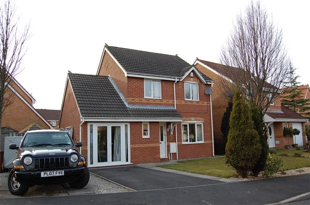 Thumbnail Property to rent in Broughton Tower Way, Fulwood, Preston