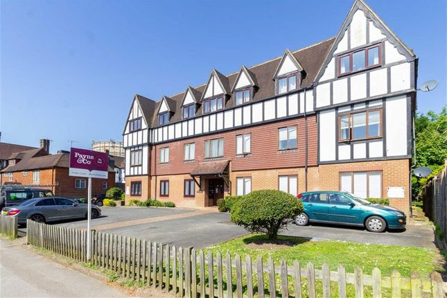 Thumbnail Flat to rent in Gresham Place, Oxted, Surrey