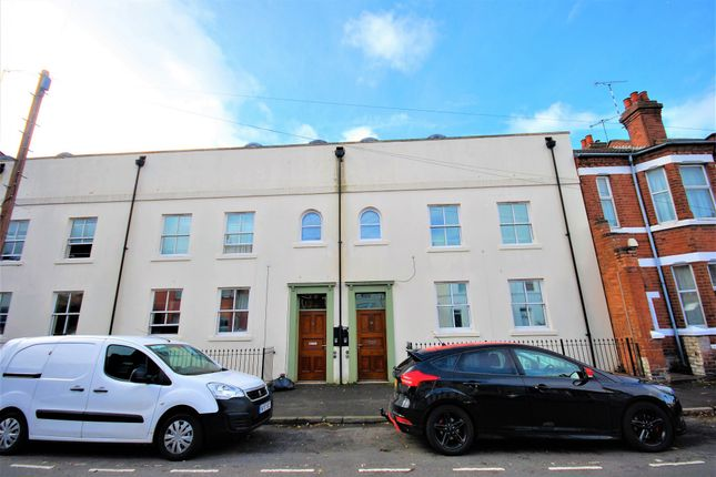 Thumbnail Town house to rent in George Street, Leamington Spa