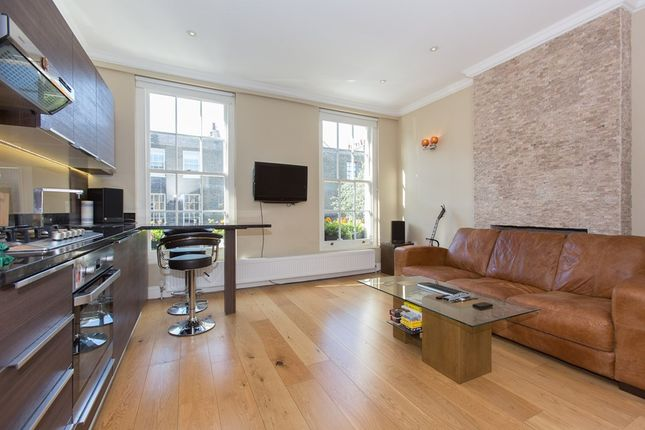 Flat to rent in Grange Street, Bridport Place, London