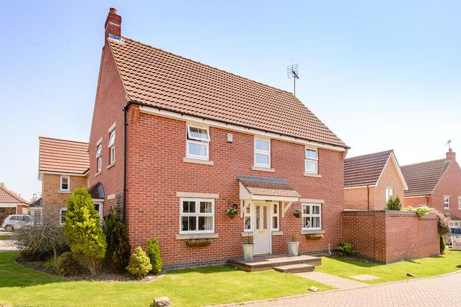 Thumbnail Detached house for sale in Woodward View, Scunthorpe, North Linconshire