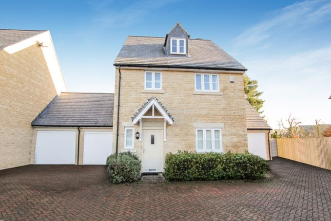 Thumbnail Detached house for sale in Pixey Close, Yarnton, Kidlington