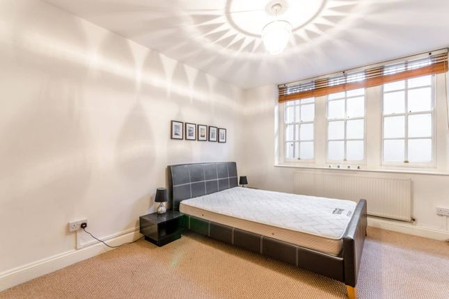 Thumbnail Flat to rent in Florence Street, Angel