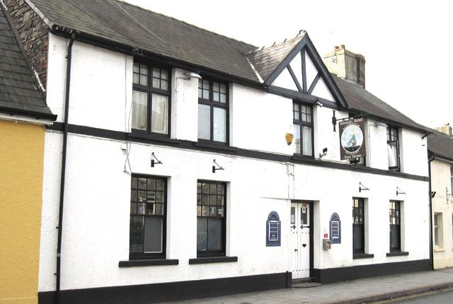 Thumbnail Pub/bar for sale in The Watton, Brecon