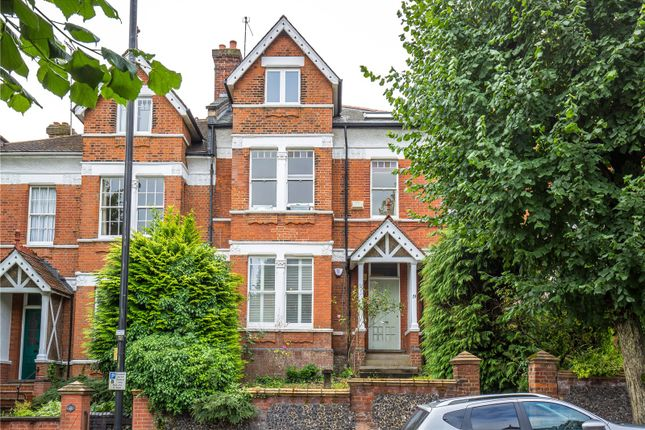 Thumbnail Flat for sale in Wolseley Road, Crouch End, London