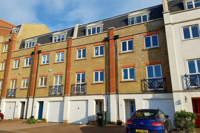 Thumbnail Property to rent in The Piazza, Sov Harbour South, Eastbourne