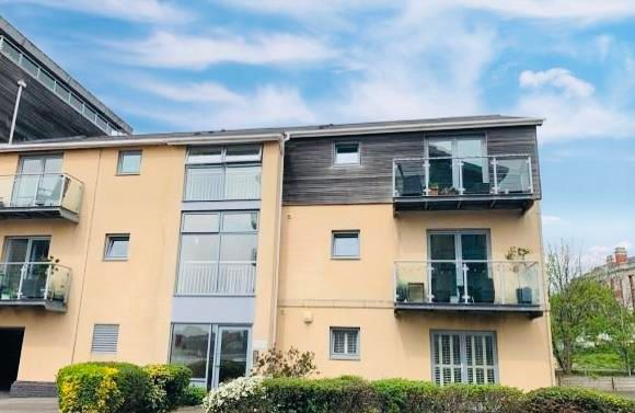2 bed flat to rent in Orellana House, Cei Dafydd, Barry CF63