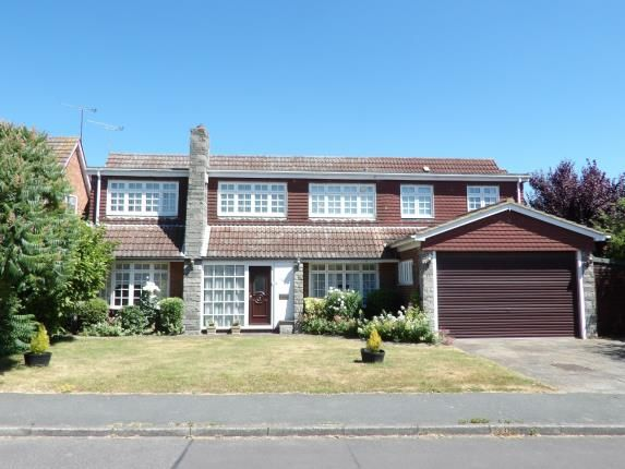 Thumbnail Detached house for sale in Norsey View Drive, Billericay