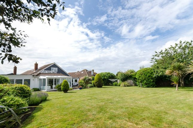 Picture No. 21 of Alinora Crescent, Goring-By-Sea, Worthing, West Sussex BN12