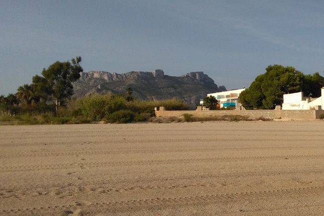 Thumbnail Hotel/guest house for sale in Denia, Alicante, Spain