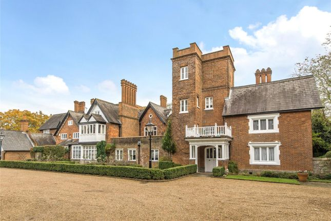 Thumbnail Flat for sale in Coombe House, Devey Close, Kingston Upon Thames