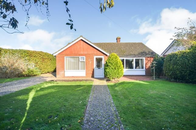 Thumbnail Bungalow for sale in Walner Gardens, New Romney, Kent, .