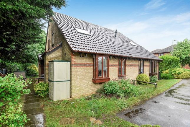 Thumbnail Property for sale in Hornbeam Road, Bicester