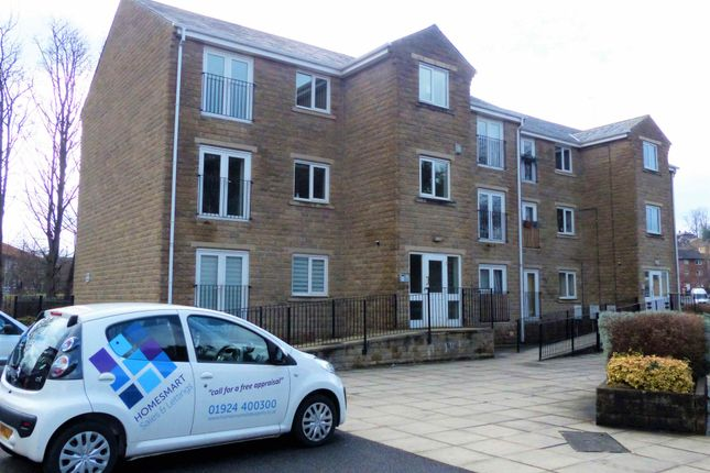 Thumbnail Flat to rent in Waterfield Fold, Balme Road, Cleckheaton, West Yorkshire