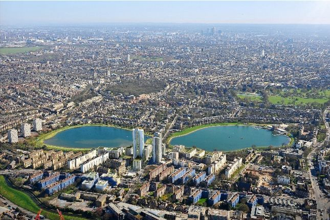 Thumbnail Flat for sale in Sandpiper, Woodberry Down, London