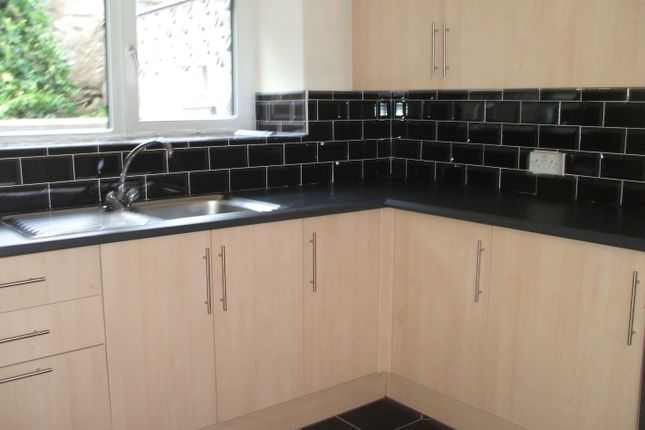 Thumbnail Terraced house to rent in Ross Road, Abergavenny