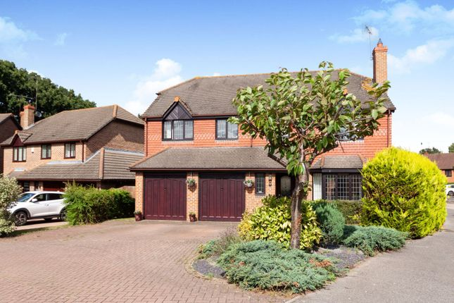 Thumbnail Detached house for sale in Matthews Chase, Bracknell