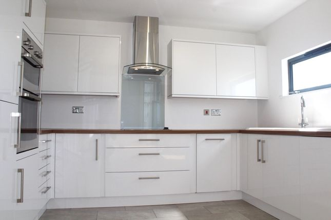 Thumbnail Duplex to rent in Fisherman's Way, Swansea