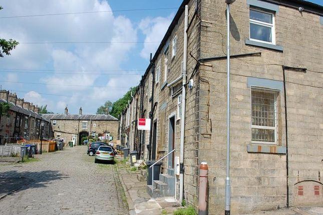 Thumbnail Flat to rent in Huddersfield Road, Millbrook, Stalybridge