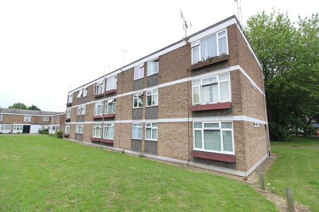 1 bed flat to rent in Falstones, Basildon, Essex SS15
