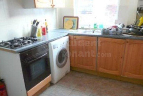 Thumbnail Shared accommodation to rent in Moseley Road, Manchester, Greater Manchester