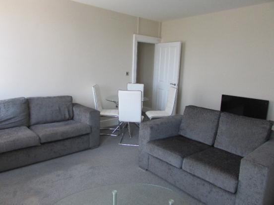 Thumbnail Flat to rent in Hamilton Square, Birkenhead