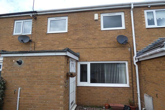 3 bed terraced house to rent in Douglas Parade, Hebburn NE31