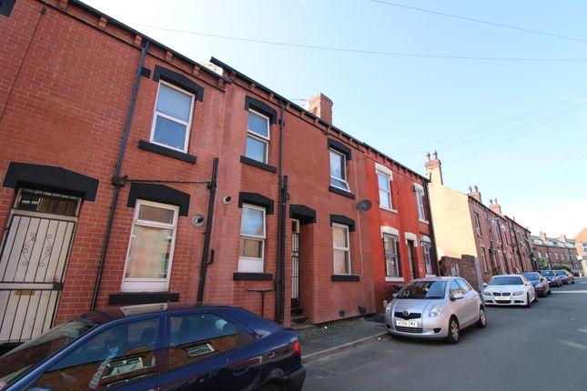 Woodview Terrace, Beeston, Leeds LS11