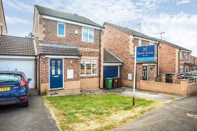 Detached house to rent in Greenacres Drive, Castleford