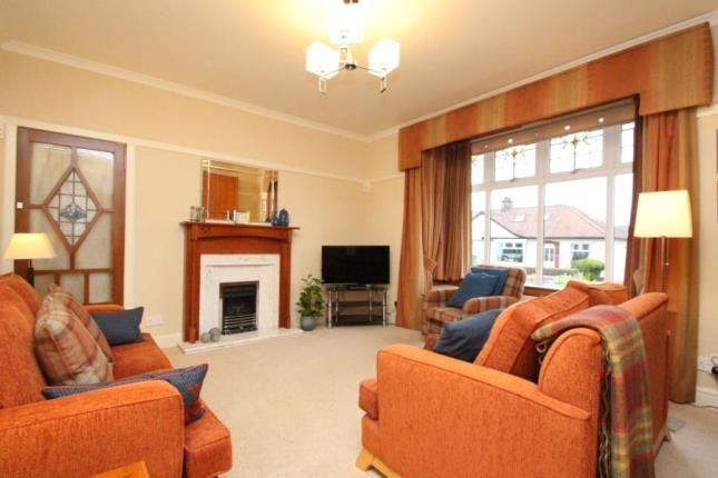 Picture No.10 of Briarlea Drive, Giffnock, East Renfrewshire G46