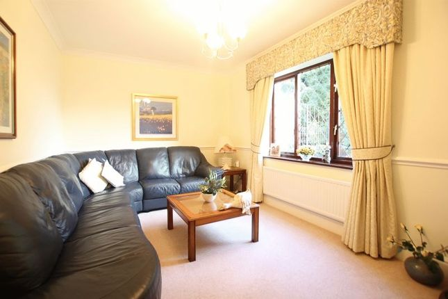 Sitting Room of Oldfield Gardens, Lower Heswall, Wirral CH60