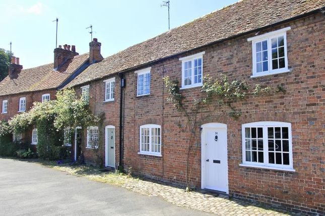 Thumbnail Terraced house for sale in Church Street, Great Missenden