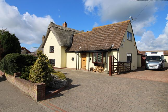 Thumbnail Cottage for sale in Halstead Road, Kirby Cross, Frinton-On-Sea