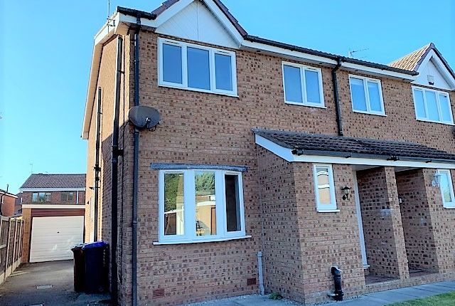 Thumbnail Semi-detached house to rent in Kildonan Avenue, Blackpool, Lancashire