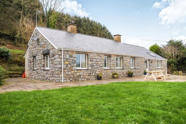 Thumbnail Bungalow for sale in Ty Canol, ., Botwnnog, Gwynedd