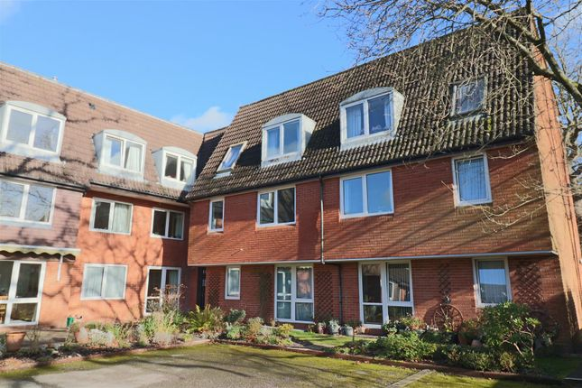 1 bed flat to rent in Homegreen House, Wey Hill, Haslemere GU27