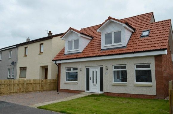 Thumbnail Detached house to rent in Broomage Crescent, Larbert