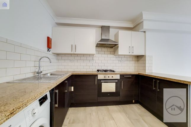 Thumbnail Flat to rent in Auckland Hill Road, West Norwood