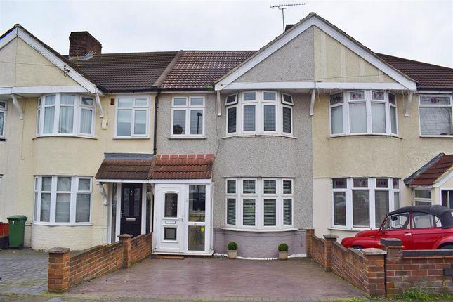 Thumbnail Terraced house for sale in Buckingham Avenue, Welling, Kent