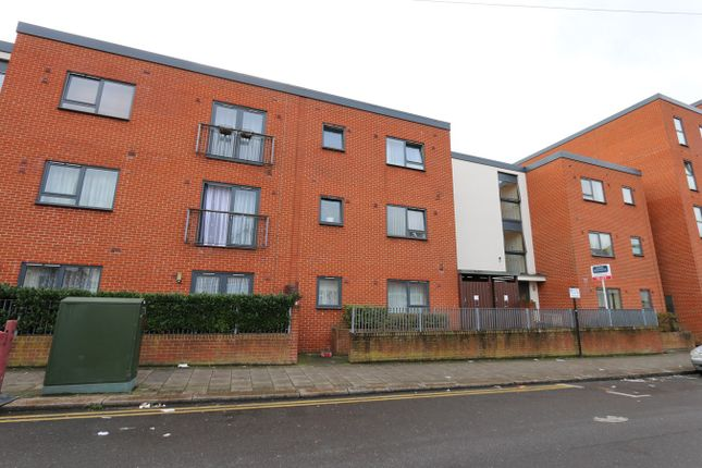 Thumbnail Flat for sale in Grant Road, Harrow