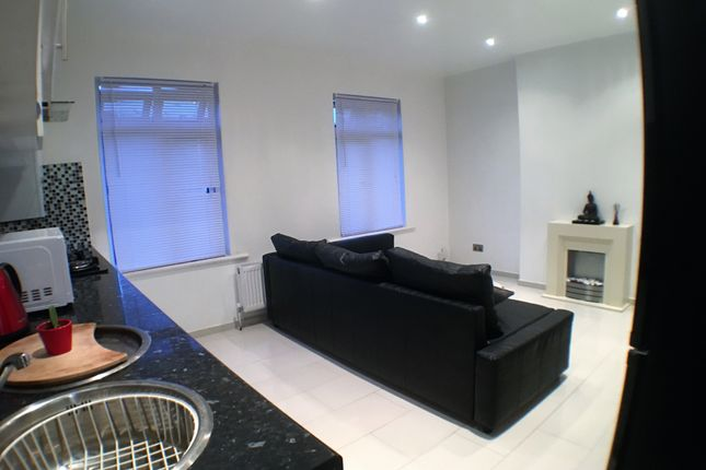 Thumbnail Flat to rent in Southchurch Avenue, Southend-On-Sea