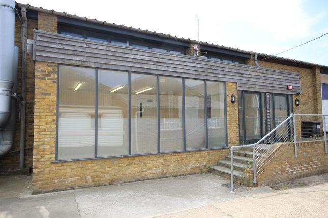 Thumbnail Warehouse to let in Brogdale Road, Faversham