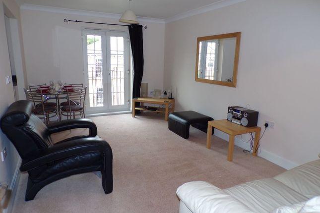 Thumbnail Flat to rent in Jago Court, Newbury