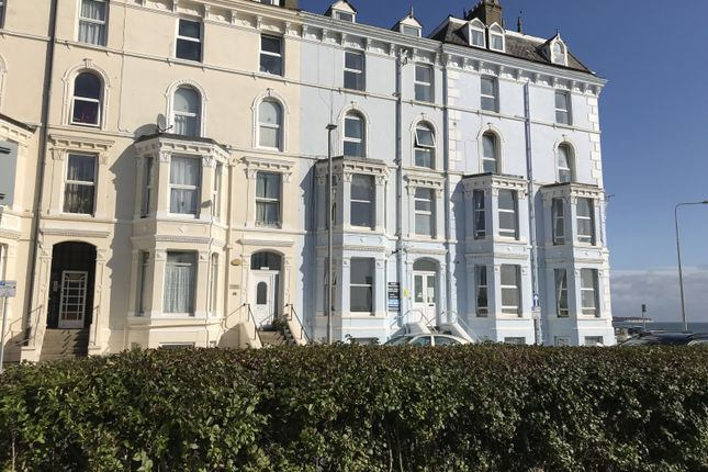 1 bed flat to rent in Highcliffe, 19 Albion Terrace, Yo YO15