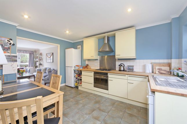 Thumbnail Property to rent in Garrick Close, Wandsworth, London