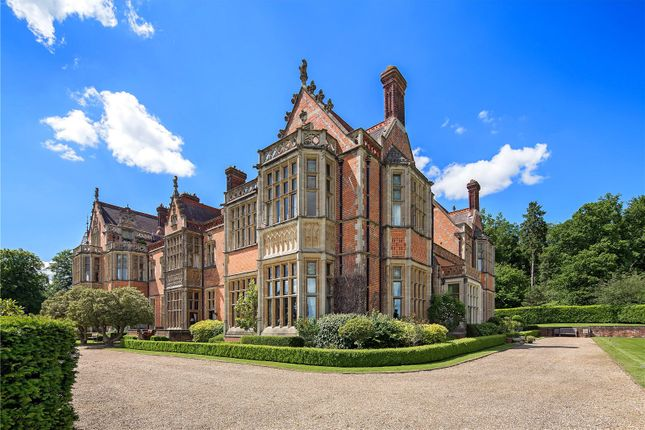 Thumbnail Flat for sale in Wyfold Court, Kingwood, Henley-On-Thames