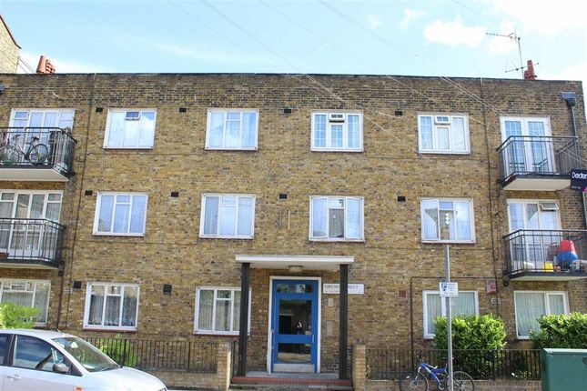 Thumbnail Flat for sale in Grundy Street, London