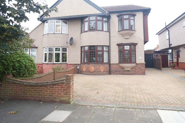 Thumbnail Property to rent in Somerhill Avenue, Blackfen, Sidcup