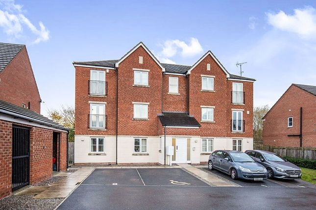 Thumbnail Flat to rent in Ainsley View, Leeds