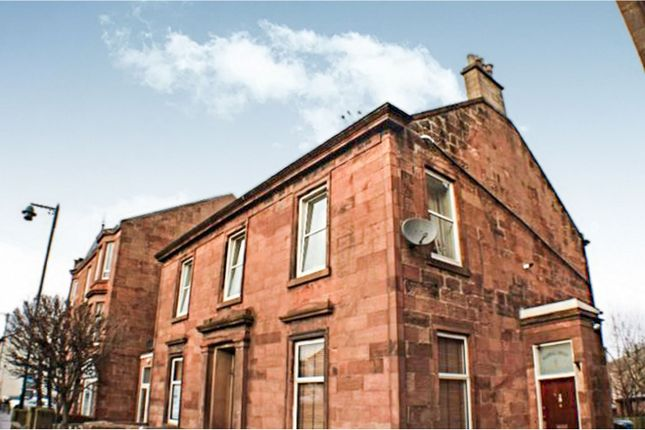 2 bedroom flat for sale in Main Street, Bothwell